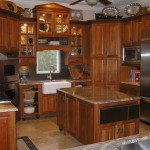 new-holiday-kitchen-and-schmidt-condo-006